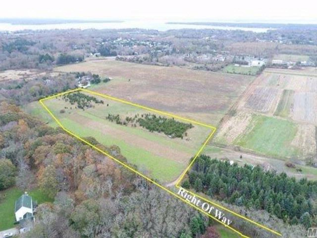 Lot <b>Size:</b> 7.33 in Southold