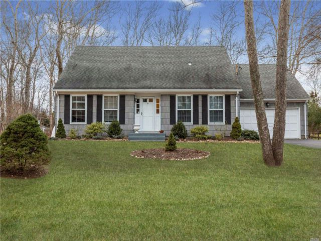 3 BR,  3.00 BTH  Cape style home in Southold